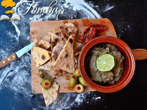Готвар, рецепта - Пълнозърнеста пърленка и хумус с авокадо