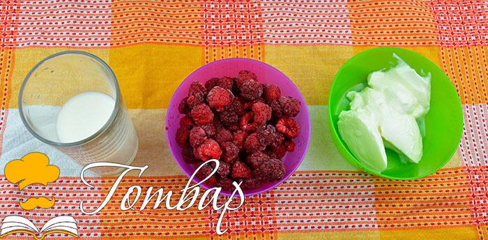 Готвар, рецепта - малиново смути без захар