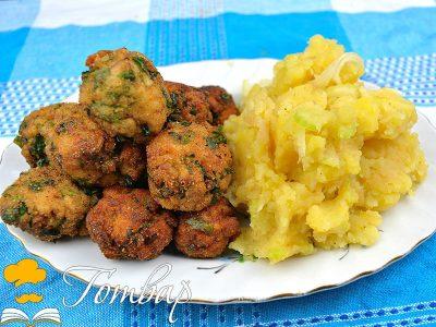 Рибни кюфтенца с картофена салата