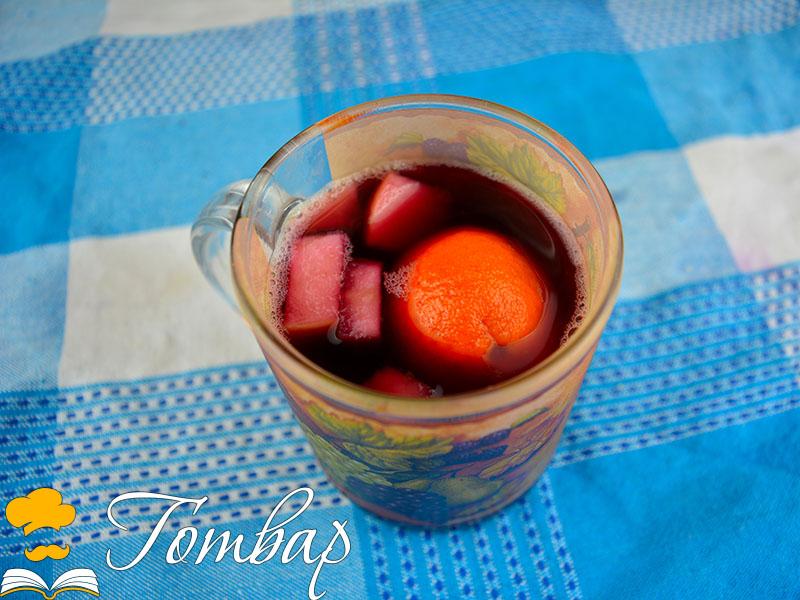 Домашно греяно вино с карамел и подправки