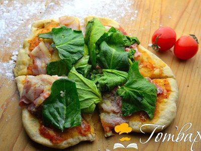 Пица на тиган с бекон и спанак